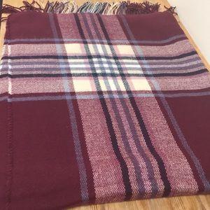 Bundle deal - 2 scarves and 1 pair of earrings